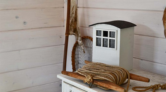 Lökken Badehäuschen als Vogelhaus
