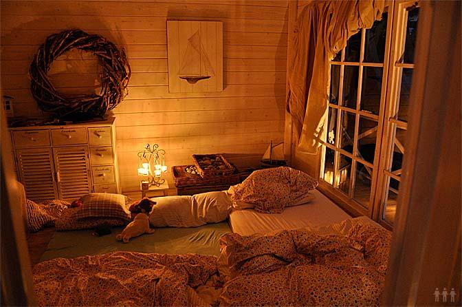 Gartenhaus mit Nachtlager...