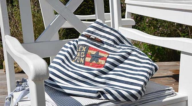 Mitbringsel: Lexington Handtasche im maritimen Look